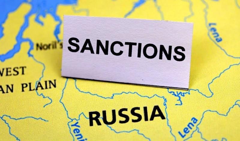 Санкции вредят всем, но в Евросоюзе слепо верят в успех подобной политики