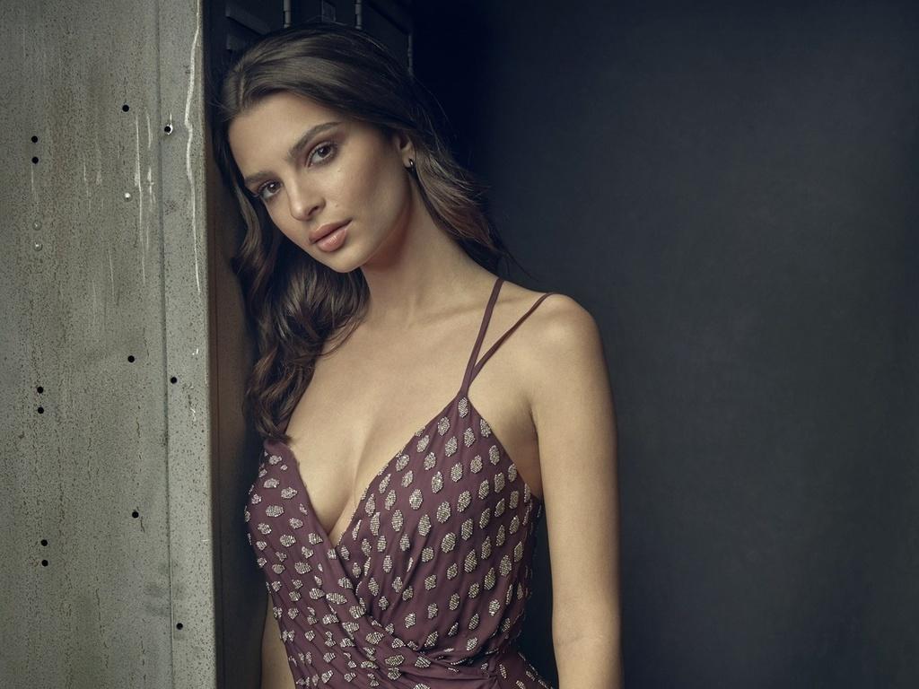 Вот в чем секрет харизмы Эмили Ратаковски — секс-символа № 1 среди актрис и моделей