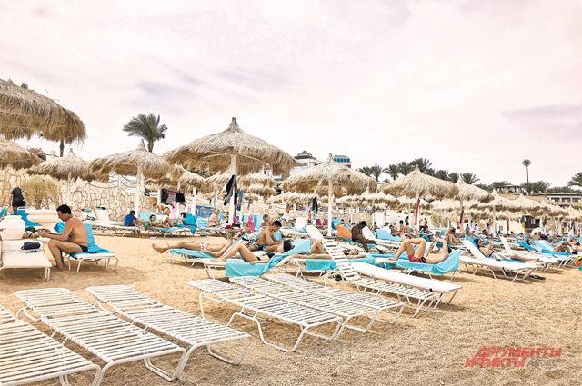 Солнце, пляж и пулемет. Опасно ли россиянам ехать в Египет?