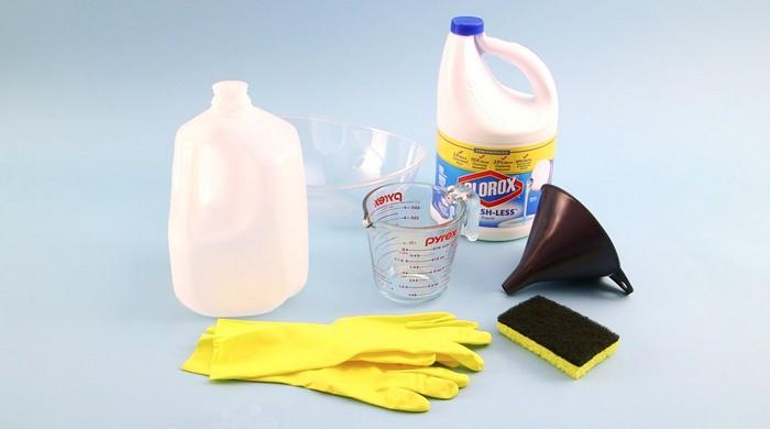 Отбеливатель – самое надёжное средство для уничтожения бактерий с поверхности губки