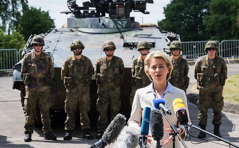 Германия не вернув долги, угрожает России