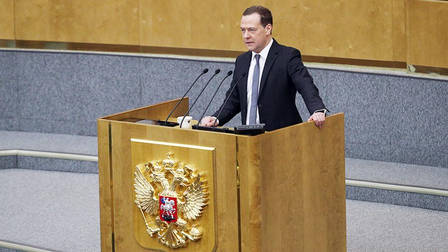 Только правда,ничего кроме правды: Медведев признал отсутствие денег на повышение МРОТа