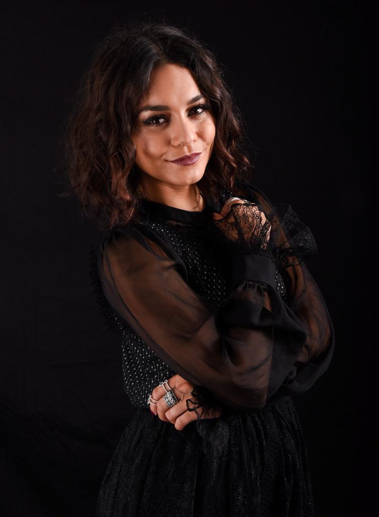 Ванесса Хадженс — Фотосессия для «Бессильные» на «Comic-Con» 2016