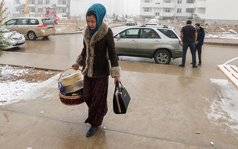 У женщин Туркмении отбирают права. Облавы уже начались
