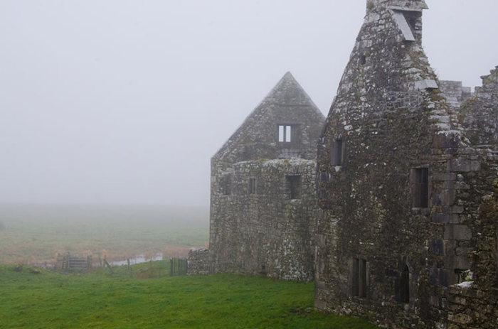 10 невероятных загадок древней Ирландии, которые влекут в эту страну учёных и туристов