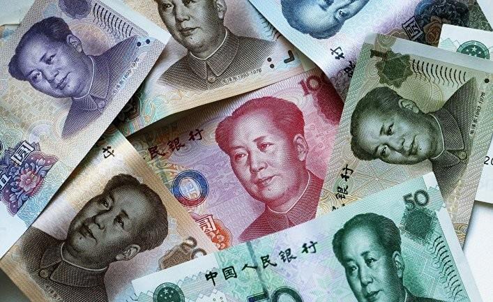 Уходя от доллара, Россия купила четверть мировых резервов юаня