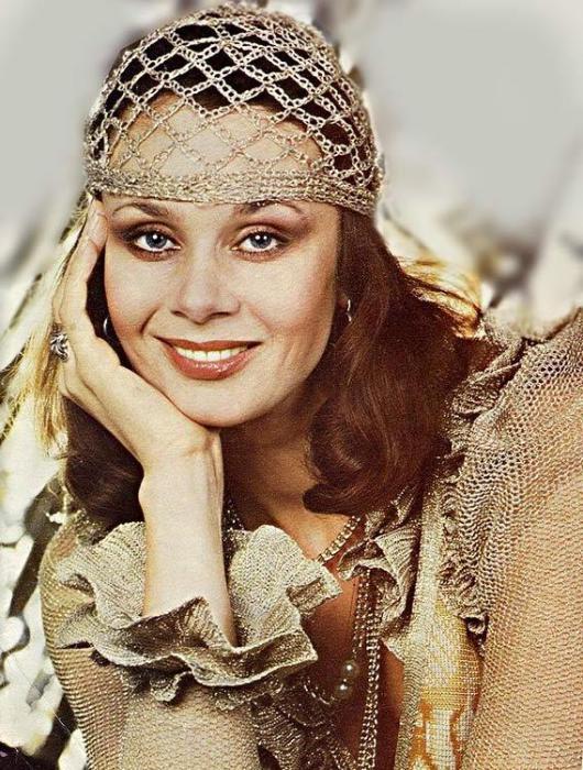 Экстравагантная актриса советского пространства, а так же певица, педагог и театральный деятель.   Фото: sibmincult.ru.