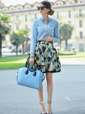 Женственный джинс: рубашка из денима для любого из стилей