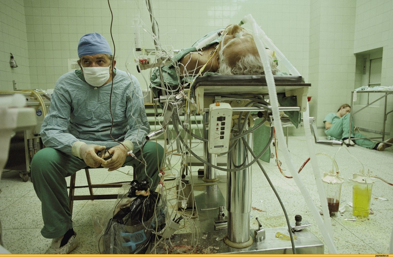 Самая продолжительная хирургическая операция длилась четыре дня