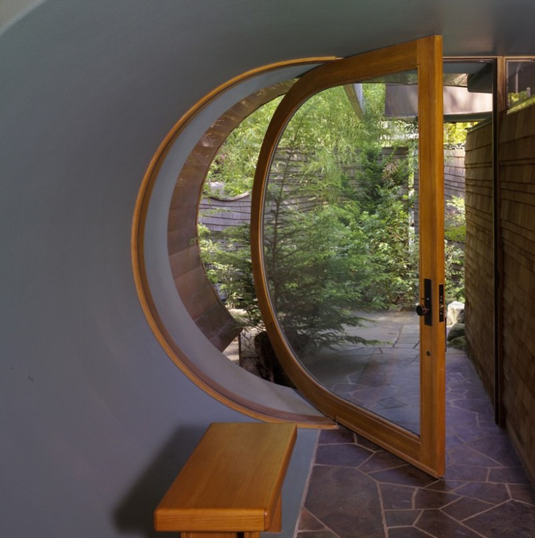 Дизайнерские и инженерные вариации на тему дверей