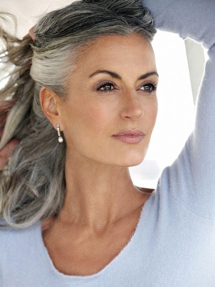Выглядеть стильно зрелой женщины в 50+: как этого добиться