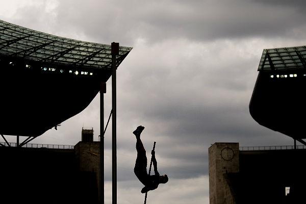 Российские легкоатлеты пока остаются без флага и гимна