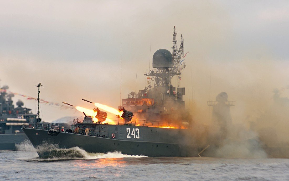 Коротченко: Россия была готова потопить флот США в Средиземноморье в течение 30 минут