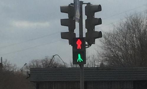 В Омске обнаружен светофор д…