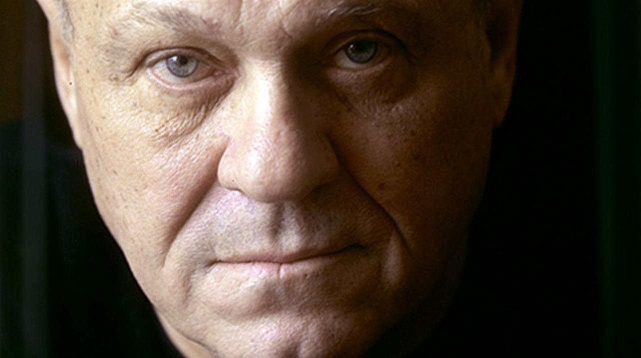 «Известный российский режиссер оказался спонсором террористов» — так отозвались укросми о поступке Меньшова.