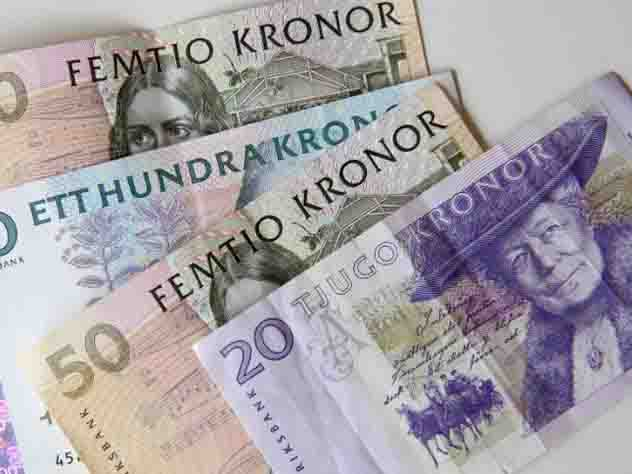 У шведов стремительно исчезают наличные деньги