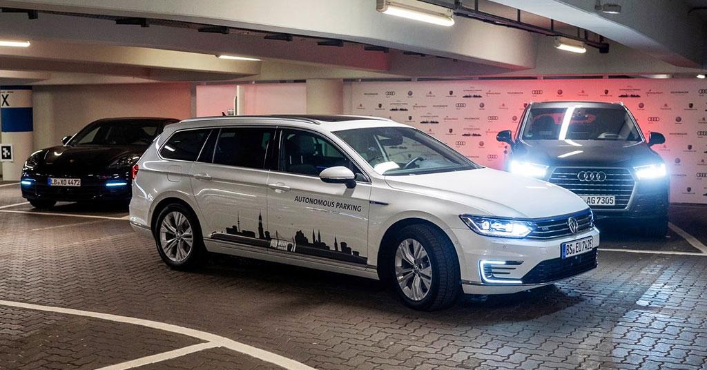 Автомобили смогут самостоятельно парковаться и получать онлайн-заказы