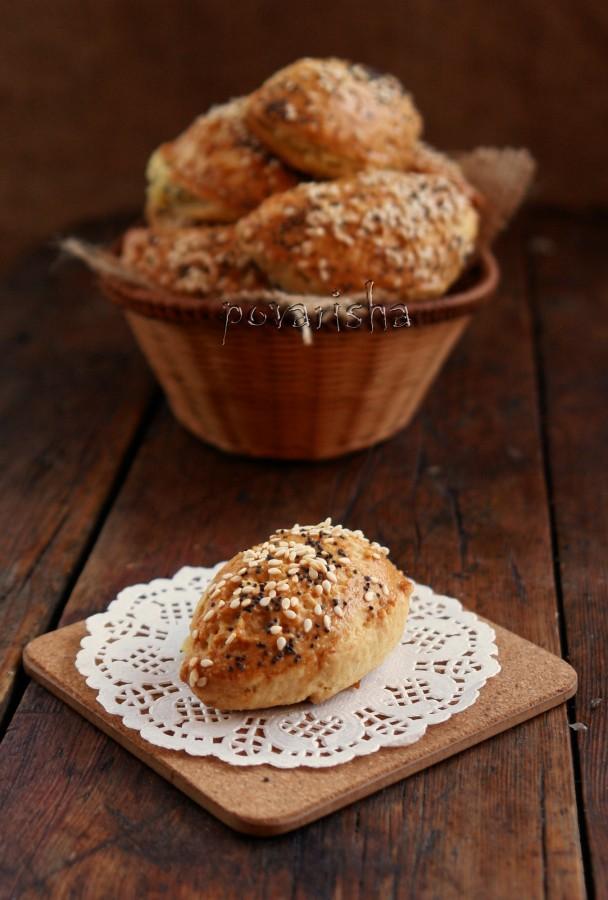 Τυροπιτάκια με ζύμη κουρού (маленькие пирожки с сыром)