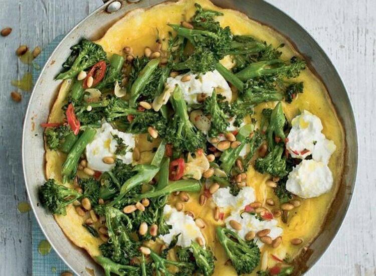 Отменный завтрак: омлет с брокколи