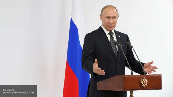 Более половины россиян хотят видеть Путина президентом и после 2024 года