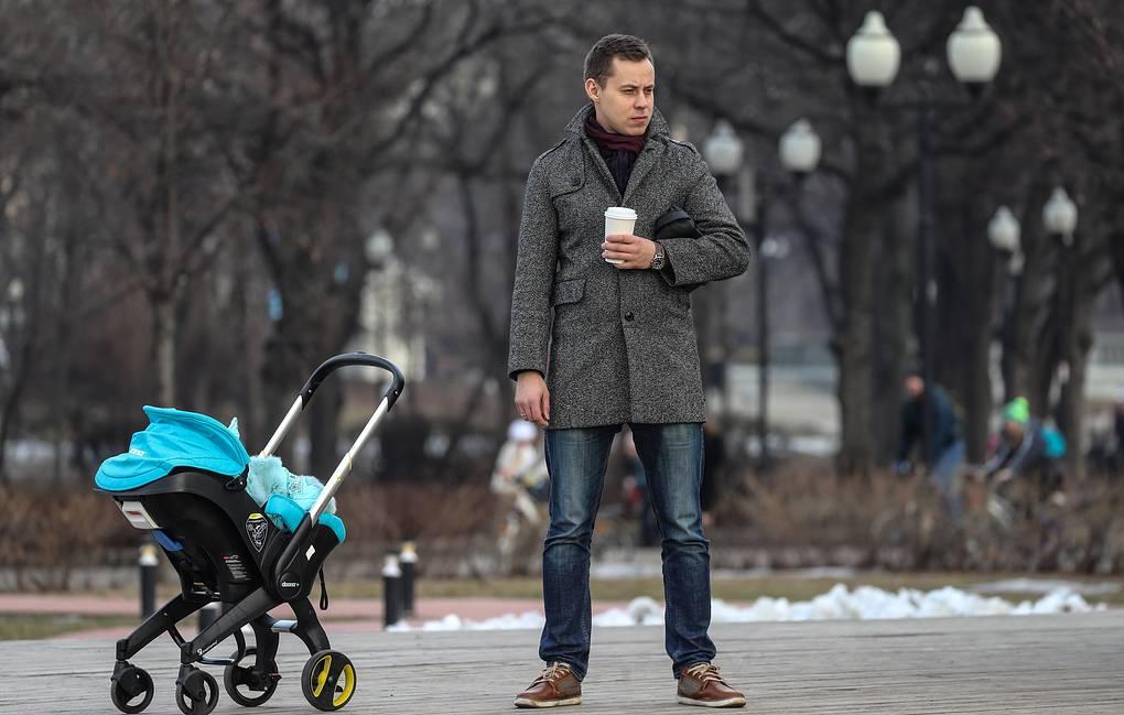 Деньги, ребенок и жилье: о чем мечтают российские мужчины