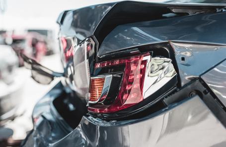 Если у вас есть выбор в момент ДТП, врезайтесь в новую машину