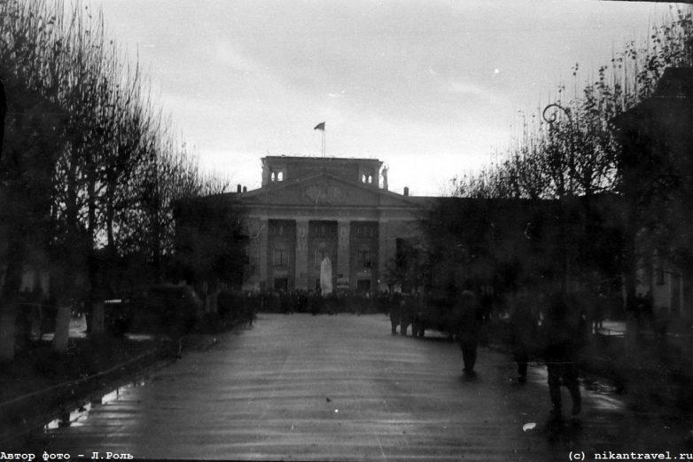 Открытие памятника В.И.Ленину у ДК ВАЗа в г.Волхов (30 октября 1965 года, Волхов, Ленинградская обл)