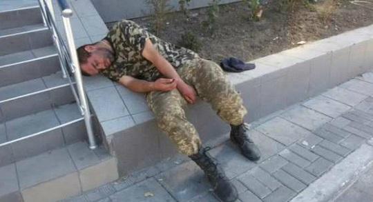 ДНР: Солдаты ВСУ устроили акцию неповиновения ввиде массовой пьянки