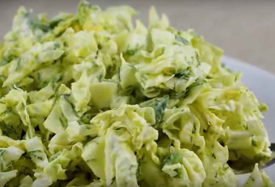Простой и легкий салат на каждый день