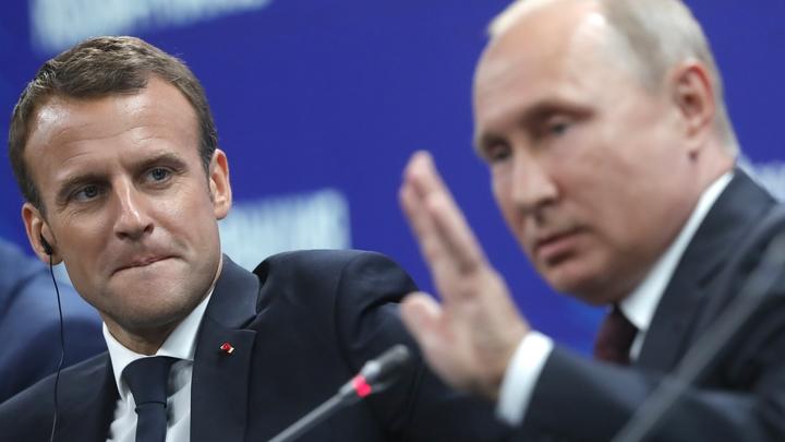 Цитаты Достоевского, осторожный оптимизм по Зеленскому и конец G8: О чем говорили Макрон и Путин