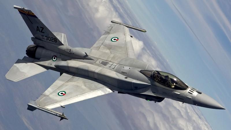 ВВС Ирака нанесли удары по позициям ИГИЛ в Сирии