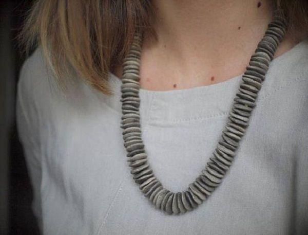 С чем и как носить керамические бусы