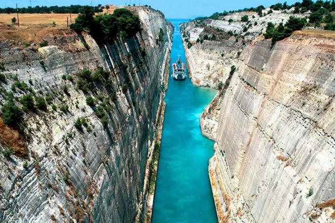 Самый узкий в мире канал для кораблей