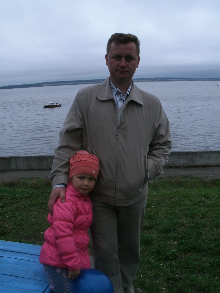 БЕЛОВ Сергей со своей дочкой