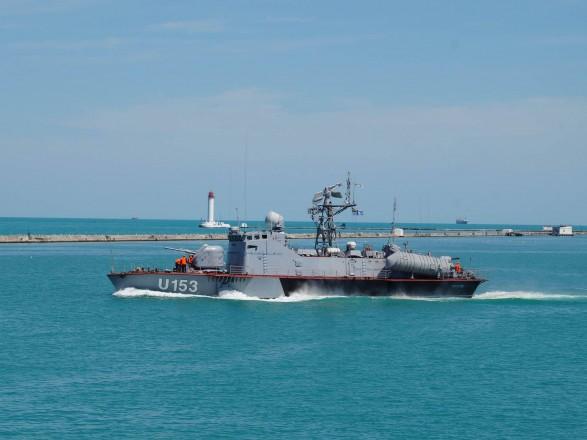 В море под Одессой украинцы со стрельбой задержали контрабандистов под флагом Танзании