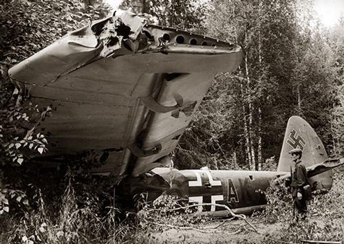 Сбитый немецкий бомбардировщик Ju-88. mil.ru