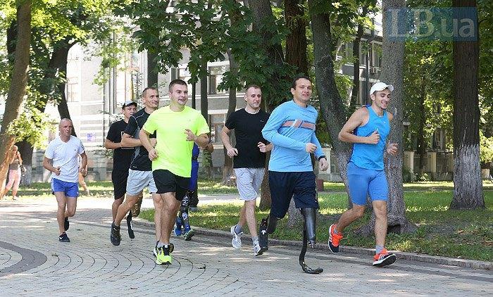 Из 200 претендентов отобрали 10 боевиков «АТО», которые отправятся в США на марафон морской пехоты