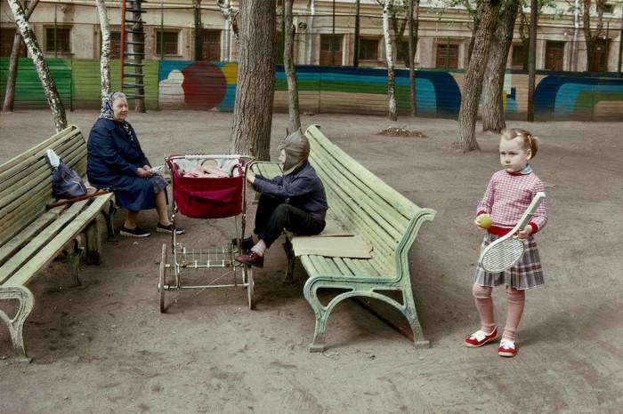 Москва конца 1980 на фотографиях Гарри Груйера, который хотел рассказать всему миру «историю полностью»