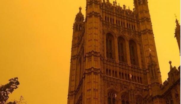 Премьер-министр насиловал детей и топил их трупы в море: Делягин о нормах британских «партнеров»