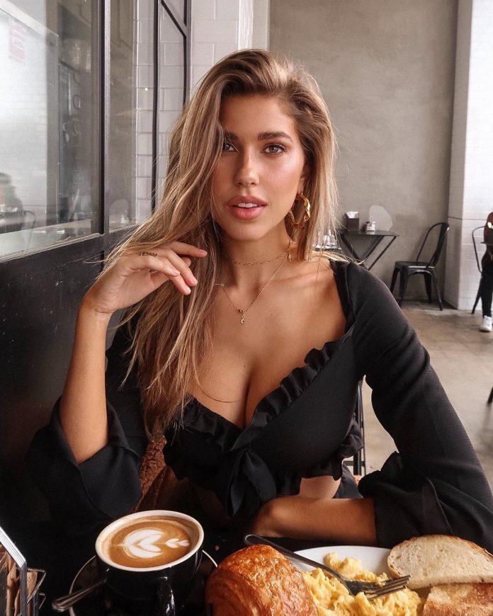 5 нюансов в одежде, которые выдают по-настоящему ухоженную женщину