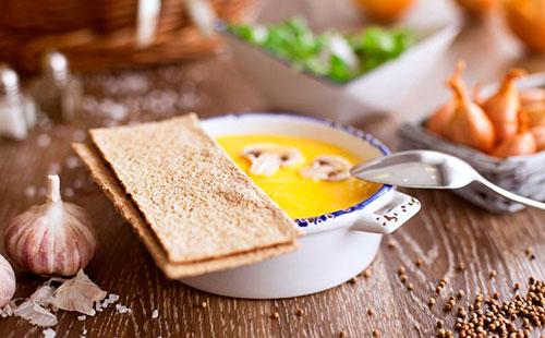 Хлебцы с супом