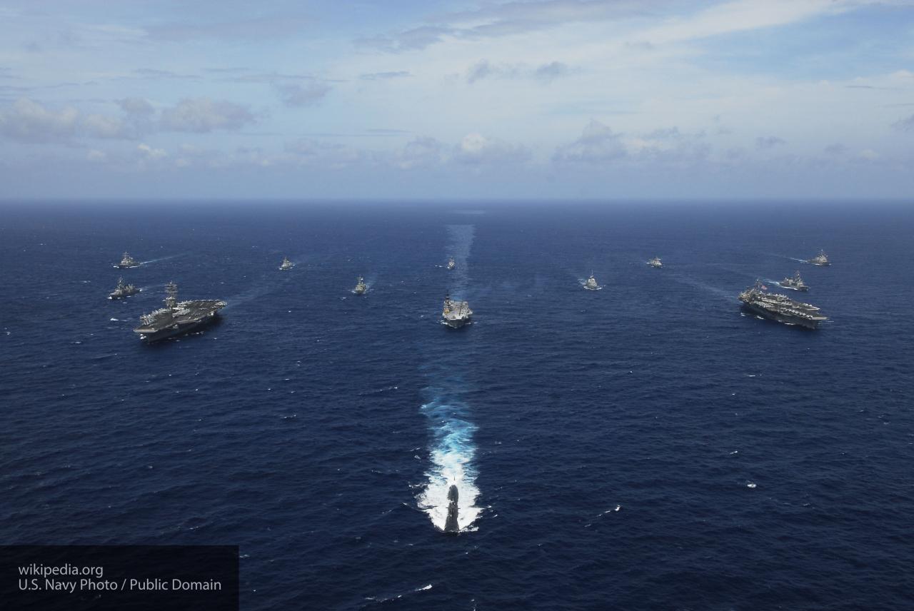 СМИ: США готовят военные корабли и самолеты для возможного удара по Сирии