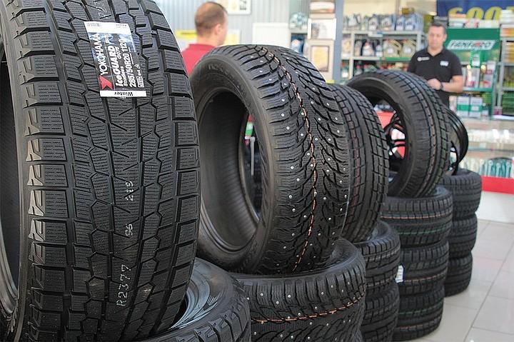 Росавтодор объяснил, почему невозможно полностью отказаться от шипованных шин