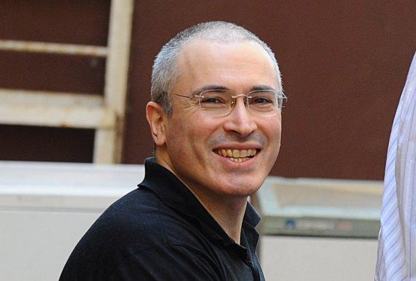 Как Михаил Ходорковский платит за работу в Открытой России