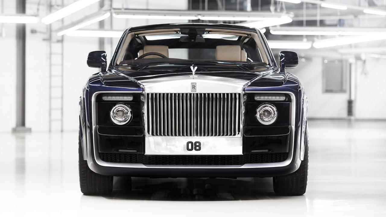 Названы самые дорогие автомобили на российском рынке