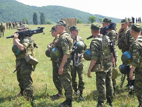 Почему в России принято вытирать ноги о своих солдат?