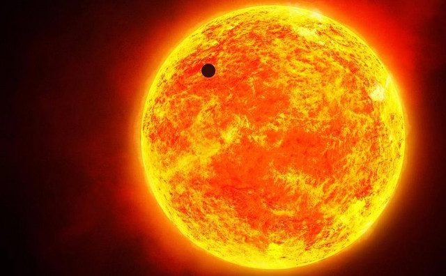 Солнце на мгновение исчезает из космоса