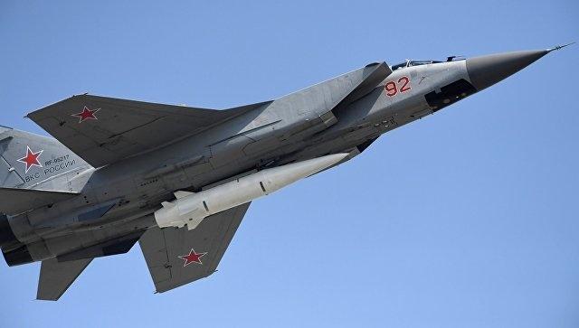 """Десять МиГ-31 с ракетами """"Кинжал"""" уже стоят на опытно-боевом дежурстве"""