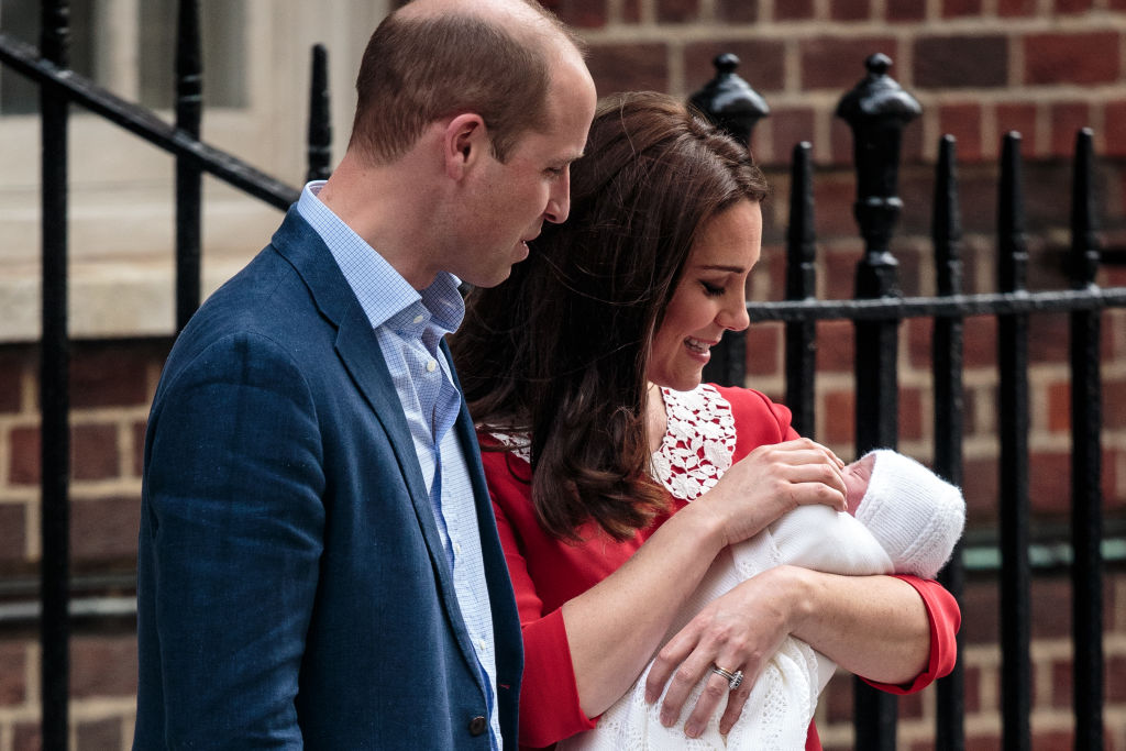 Первые фото новорожденного принца