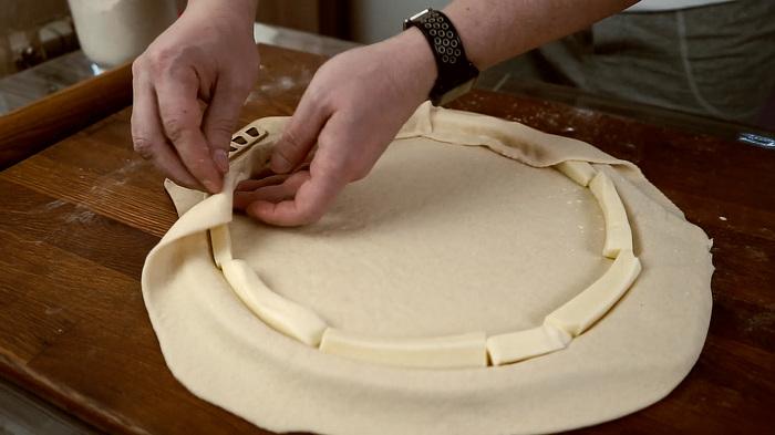 Пицца с сырным бортом Кулинария, Еда, Пицца, Наготовке, Видео рецепт, Сыр, Рецепт, Видео, Длиннопост